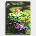 ハスの花の下にいる鯉の絵
